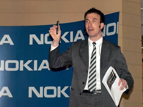 Для Nokia основной ОС в бизнес-сегменте останется Symbian
