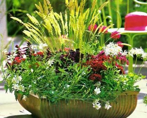 Вазон для сада своими руками