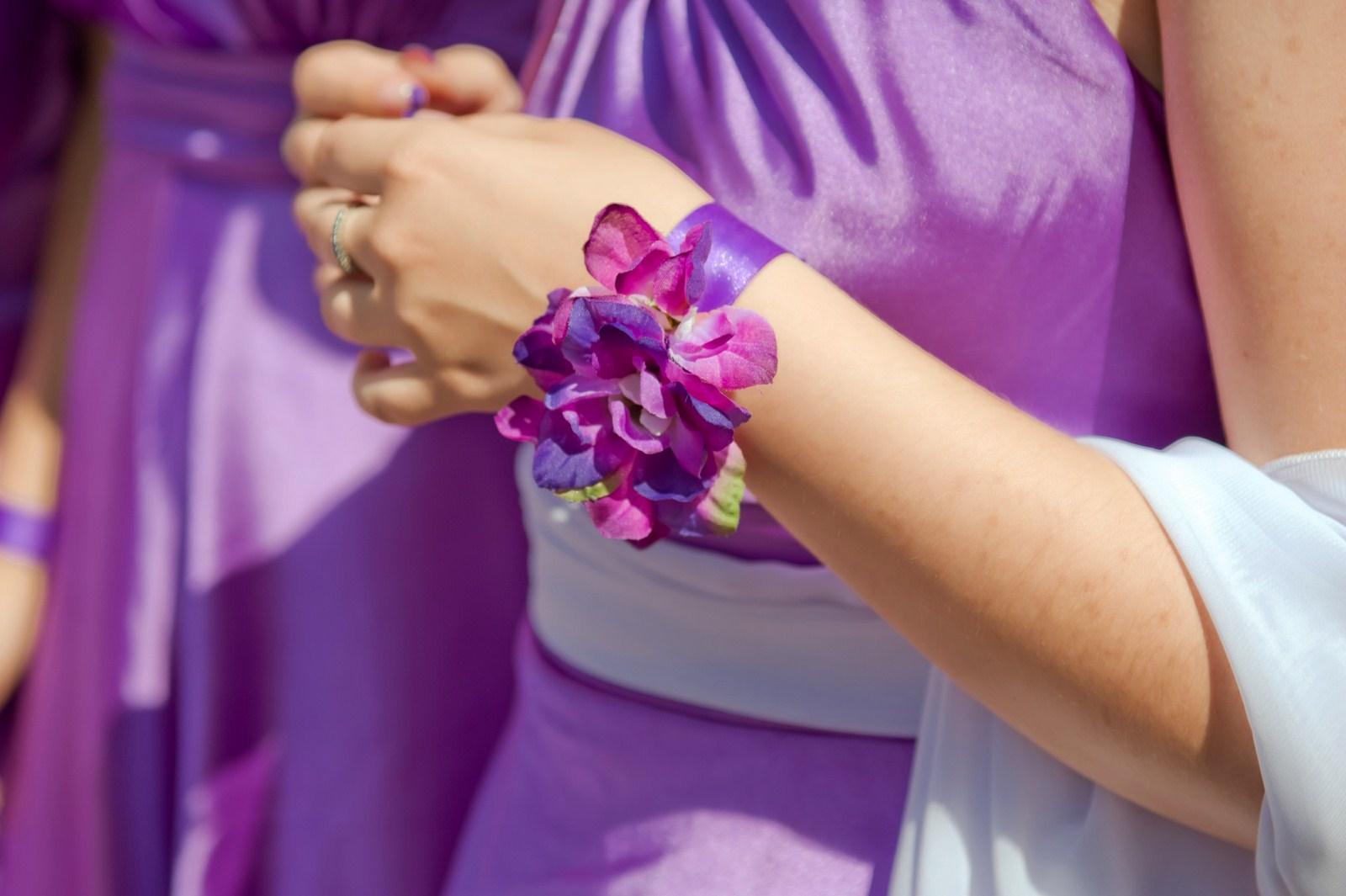 Делаем браслеты для подружек невесты